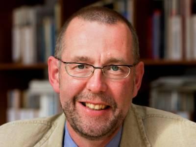 1. Regionsrat Prof. Dr. Axel Priebs