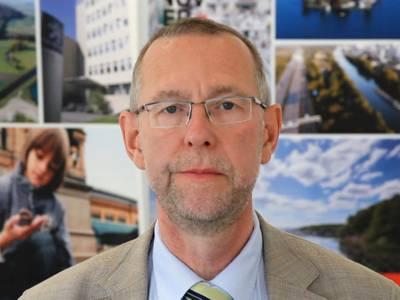Prof. Dr. Axel Priebs