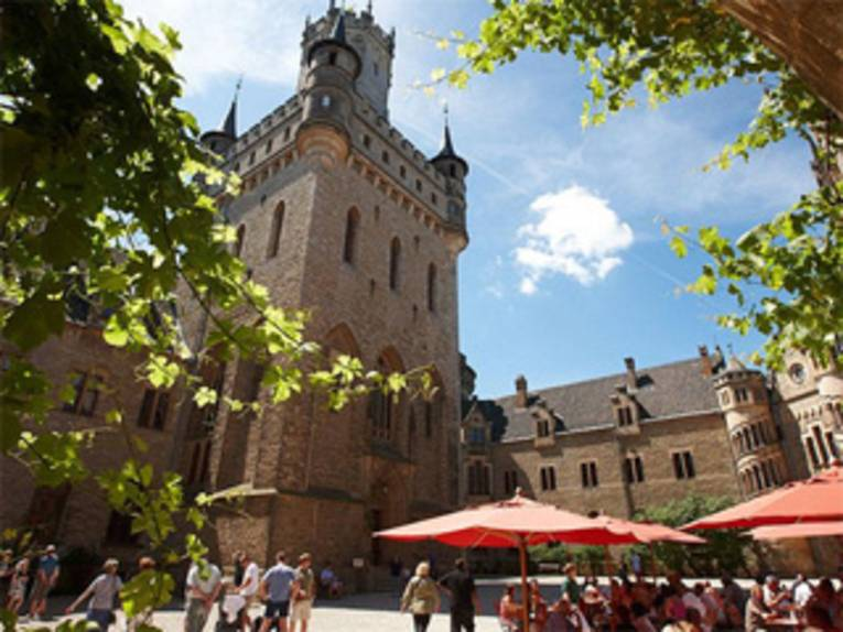 Hof im Schloss Marienburg